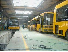 Ikarus autobusai Lietuvoje - Miestai ir architektūra Commercial Vehicle, Hungary, Vehicles, Design, Autos, Rolling Stock, Vehicle, Tools