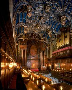 Hampton Court Royal Chapel, London The blue ceiling is incredible.a lovely place. Renaissance, Religious Architecture, Amazing Architecture, Gothic Architecture, Ancient Architecture, Tudor History, British History, Asian History, Chateau De Blois