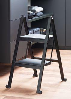 Die effizienten Steighilfen für Arbeiten im Haus Ladder Bookcase, Drafting Desk, Aluminium, Shelves, Design, Furniture, Home Decor, Home Economics, Closet Storage