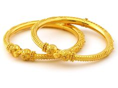 Indian baby girl gold bangles - Sedalia Сlick here pictures and get coupon Gold Bangles Design, Gold Jewellery Design, Gold Jewelry, Jewelery, Pakistani Jewelry, Indian Jewelry, Indian Bangles, Saree Jewellery, Bracelets