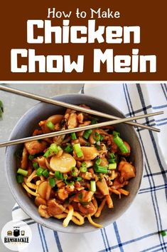 Authentic and delicious Chinese Chicken Chow Mein recipe. This old fashioned Asian dish is tasty and has a great sauce to go with some awesome noodles. Easy Delicious Recipes, Easy Chicken Recipes, Asian Recipes, Healthy Recipes, Ethnic Recipes, Tasty, Chicken Ideas, Amazing Recipes, Turkey Recipes