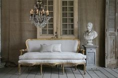 Vintage couch - love everything about this room!