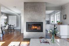 Exteriörbild. Drabantvägen 45 - Bjurfors Modern Fireplace, Porch Decorating, Restaurant Design, Fireplaces, Home Projects, Beautiful Homes, Family Room, Lounge, Living Room