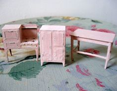 Set of Tootsie Toy Furniture Stove Table by Somethingcharming