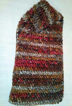 Woman's skarf