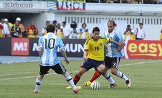 ¡Buenos Aires para la selección Colombia! - diario El Pais Lionel Messi, Running, Buenos Aires, Argentina, The Selection, Friday, Diary Book, Drive Way, Colombia