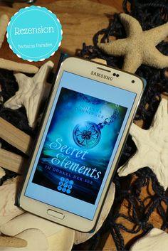 Secret Elements 1 - Im Dunkel der See von Johanna Danninger hat mich total begeistert! Die Rezension gibt's auf meinem Blog! Der zweite Band erscheint schon am 3. November!