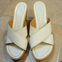 White Patent Leather Clogs Via Spiga white patent leather Heller clogs. Size 6, true to size. Fair condition with sign of use one heels (see picture). Via Spiga Shoes Mules & Clogs