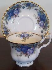 Moonlight Roses Royal Albert cup and saucer, England Tea Cup Set, My Cup Of Tea, Tea Cup Saucer, Tea Sets, Royal Albert, Teapots And Cups, China Tea Cups, Rose Tea, Tea Service
