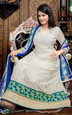 OFF WHITE GEORGETTE ANARKALI SALWAR KAMEEZ - QUE 1103