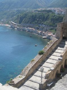Scilla_Rc_Italy To the top of the Castle Ruffo di Calabria Giugno 2012