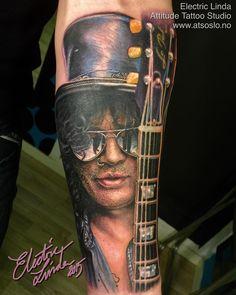 Slash tattoo from this week!  Booking: tattoo@atsoslo.no(47)22201313  Facebook: attitudetattoostudio Snapchat: attitudetattoos  Please Follow: @attitudetattoostudio  I use: @intenzetattooink @cheyennetattooequipment  @eternalink @stencilstuff @silverbackink…