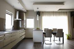 IKEA konyha, kis praktikus konyhasziget, négyszemélyes étkező