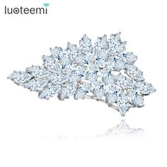 LUOTEEMI Cheap Wholesale Vintage Korean Designs Lovely Girl Charm Beautiful Big Flower Cubic Zirconia Brooch For Women(China (Mainland))