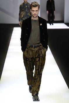 Emporio Armani Fall 2017 Menswear Collection