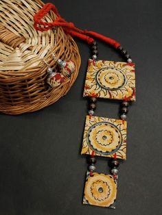 Diy Fabric Jewellery, Fabric Earrings, Textile Jewelry, Diy Schmuck, Schmuck Design, Metal Jewelry, Beaded Jewelry, Diy Jewelry, Soutache Jewelry