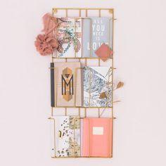 Porte cartes postales doré