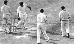 Don Bradman dismissed by Eric Hollies in his last Test during the 1948 Ashes