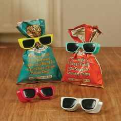 Adorable 'Sunglasses' Chip Clips