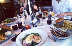 Brunch and friends' by Juampi*