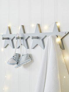 39 Ideas Diy Clothes Rack Kids Coat Hanger For 2019 Kids Coat Hangers, Kids Coat Rack, Coat Racks, Childrens Coat Hangers, Baby Bedroom, Baby Boy Rooms, Boys Star Bedroom, Star Nursery, Baby Room Grey