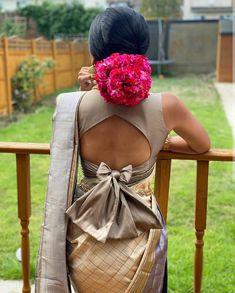 Blouse Back Neck Designs, Fancy Blouse Designs, Designs For Dresses, Saree Blouse Designs, Choli Blouse Design, Lehenga Designs, Stylish Blouse Design, Designer Blouse Patterns, Lehnga Dress