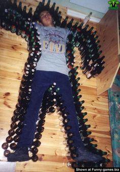 Ryan: coleciona tampinhas de garrafas, desvalorizadas.
