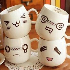 Visage mignon humeur expression tasse de café en céramique de façon aléatoire…