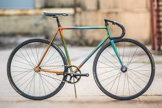 It's been said that fancy paint can hide a multitude of sins, usually referring to expensive Italian racing frames of the 80s and 90s, when highly reputed branding would cover up rushed finishing. Not so when it comes to those made by Baltimore's Chris Bishop. Most of the recent frames assembled by Chris is captured…