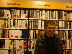 Eloy Moreno, a su llegada a la librería