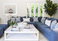 Blue & White relaxed living.