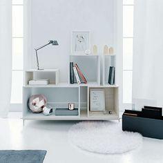 Cube, modular shelves.