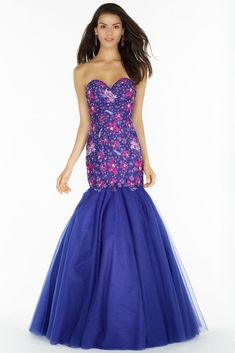 Alyce Prom 6798 Trumpet style dress with a tulle low skirt and an embroidered for fitting bodice and sweetheart neckline. Prom Party Dresses, Evening Dresses, Pageant Dresses, Trumpet Gown, Strapless Dress Formal, Formal Dresses, Prom Dress Shopping, Designer Dresses, Fashion Dresses