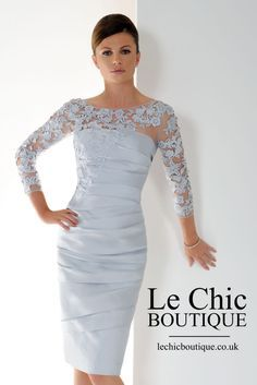 Graceful Silver Short Mother Of The Bride Dresses With Sleeves Lace Appliques Pleats Plus Size Knee Length Women Formal Evening Gowns Mother Of Bride Outfits, Mother Of Groom Dresses, Bride Groom Dress, Mothers Dresses, Mother Of The Bride Dresses Knee Length, Mother Of The Bride Trends, Mother Bride Dress, Older Bride Dresses, Mob Dresses