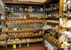 The World's Best Spots for Cheese Lovers - Il cacio di Ernello (Pienza, Italy)
