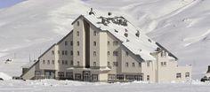 Martta kayak başka olurr:)) 1 ay içinde özledim yahu... Grand Eras Hotel Erciyes #kayak#granderaserciyes#kayaksevgisi #kayakkeyfi