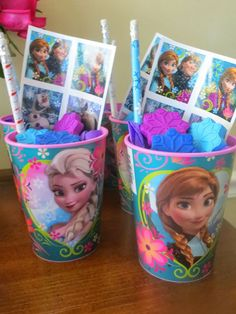 Frozen Party Favors: Frozen theme cups filled with snowflake crayons from the dollar section at Target, Frozen pencils and stickers. More ideas @ Momma's Playground-Disney's Frozen Themed Birthday Party {Great Movie Night Ideas! Frozen Birthday Theme, Frozen Themed Birthday Party, 6th Birthday Parties, Birthday Fun, Birthday Ideas, Turtle Birthday, Carnival Birthday, Third Birthday, Fete Marie