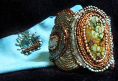 Aruba Art Piece bracelet created one bead at a time by Lynn Parpard. Turquoise.