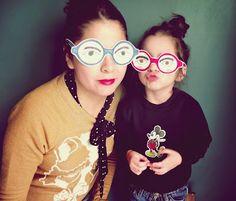 Plantilla imprimible para recortar >> Llevo el invierno: Funny Paper Glasses !