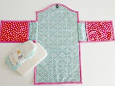 (9) Name: 'Sewing : Baby changing mat - 2 options