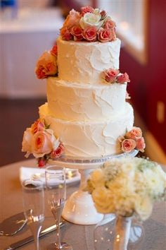 Rustic Buttercream- LOVING this cake. Traditional tiered but with texture...
