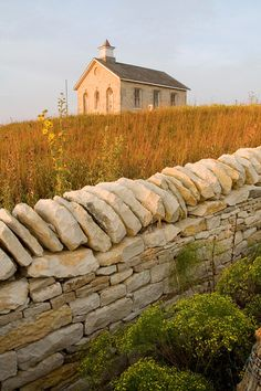 A one-room schoolhouse built in PRAIRIE NATIONAL PRESERVE.a preserve that protects a significant example of the once vast tallgrass prairie ecosystem.located in the Flint Hills region of Kansas Old Country Churches, Old Churches, Abandoned Churches, State Of Kansas, Kansas City, Flint Hills, Home On The Range, Wisconsin, Michigan