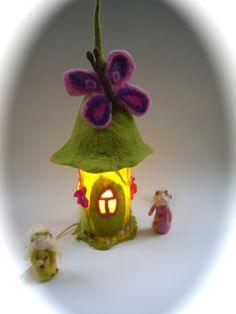 "Tisch-Filz-Lampe""Schmetterling"".Gefilzt.Filz-Bezug von Filz-Art. auf DaWanda.com"
