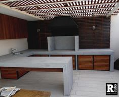 Quinchos y Muebles Hormigón Mesas Hormigón Outdoor Bbq Kitchen, Backyard Kitchen, Outdoor Kitchen Design, Patio Design, House Design, Deck With Pergola, Pergola Patio, Cheap Pergola, Gazebo