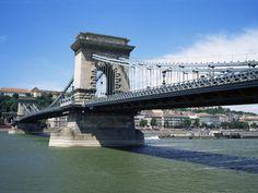 Szechenyi Lanchid (Chain Bridge), Budapest, Hungary