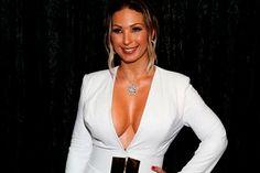 Um suposto vídeo íntimo de Valesca Popozuda estava gerando muita polêmica nas redes sociais. Nele, uma mulher aparece fazendo sexo oral em um homem