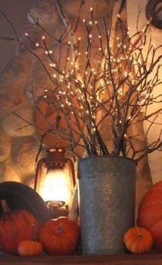 HomelySmart | 31 Super Cozy & Warm Indoor Christmas Lighting Ideas