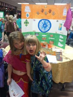This week's post comes from many troops around the USA celebrating Thinking Day. Our fresh ground coffee beans were a hit. Girl Scout Swap, Girl Scout Leader, Girl Scout Troop, Brownie Girl Scouts, Boy Scouts, Gs World, India Poster, India Crafts, Flag India