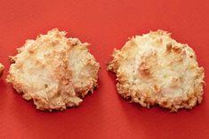 Kokosky s tvarohem   Apetitonline.cz Sweet Recipes, Muffin, Dairy, Cheese, Breakfast, Food, Celebrations, Easter, Christmas