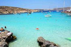 Reprodução: Lala Noleto / Guia da Semana...Conheça a paradisíaca ilha mediterrânea de Malta Águas tão azuis que fazem qualquer um se apaixonar